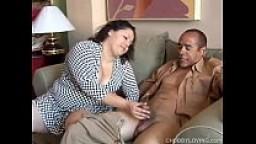 Pretty latina plumper loves sucking cock & the taste of cum