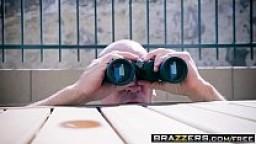 Brazzers - Big Butts Like It Big - (Valentina Nappi, Sean Lawless, Xander Corvus) - Scrub That Trunk - Trailer preview
