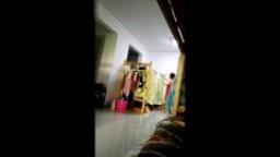 老王花重金套路一个大学生妹子用相机拍摄女生宿舍的日常生活换衣服不少妹子春光外泄 -