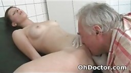 Old Man Dirty Doctor Gets His Oral Fix For The Day